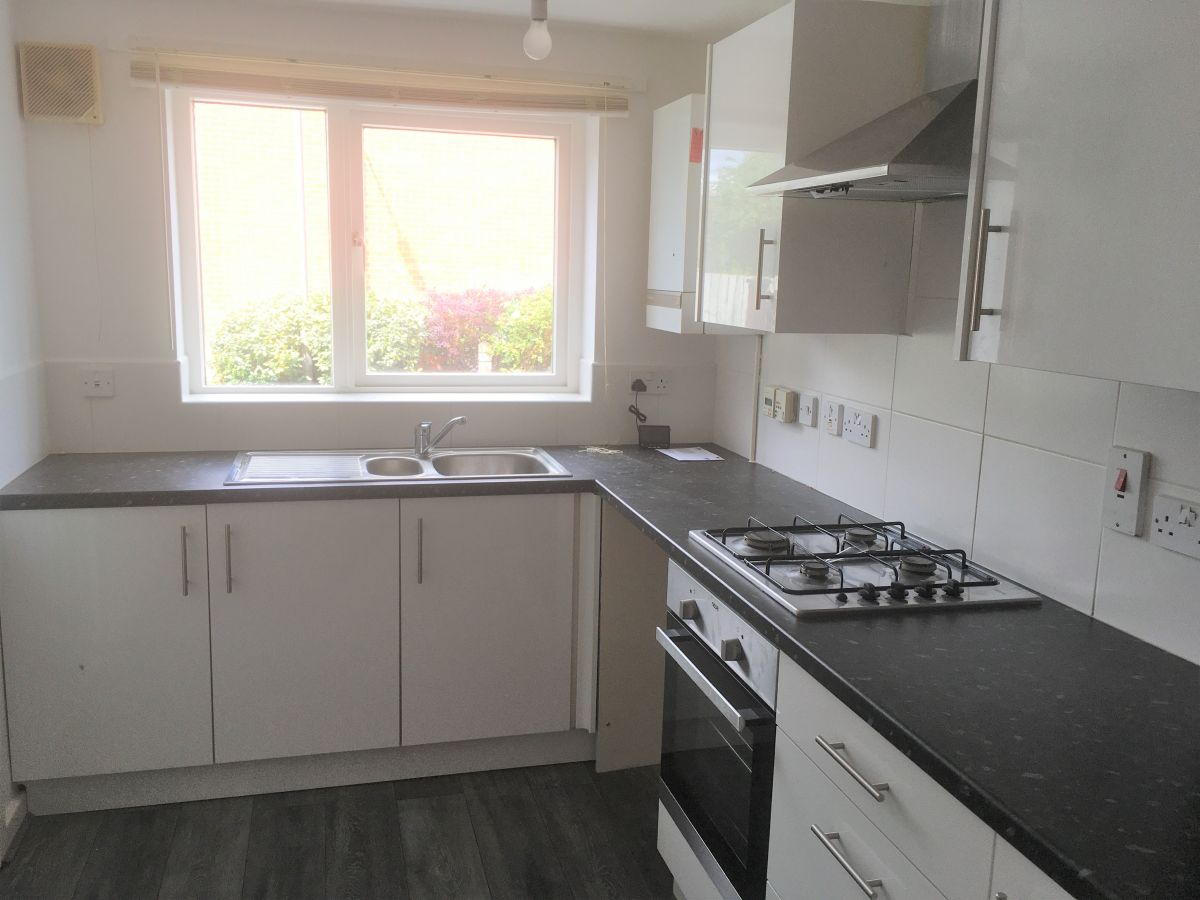 Image of 2 Bedroom Town House, Tenby Drive, Oakwood